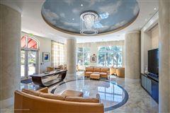 gorgeous 4th floor unit luxury properties