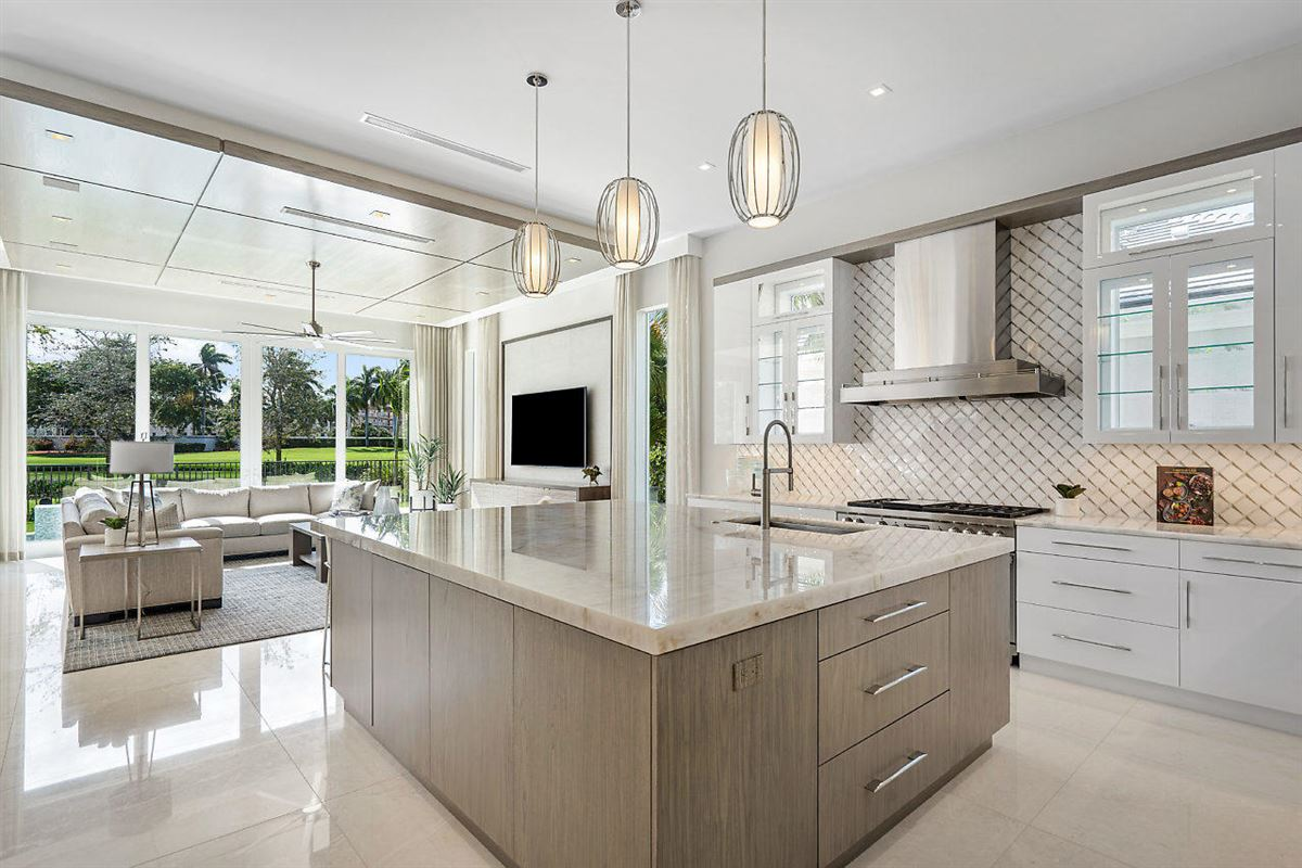 Luxury homes in brand new resort-style home