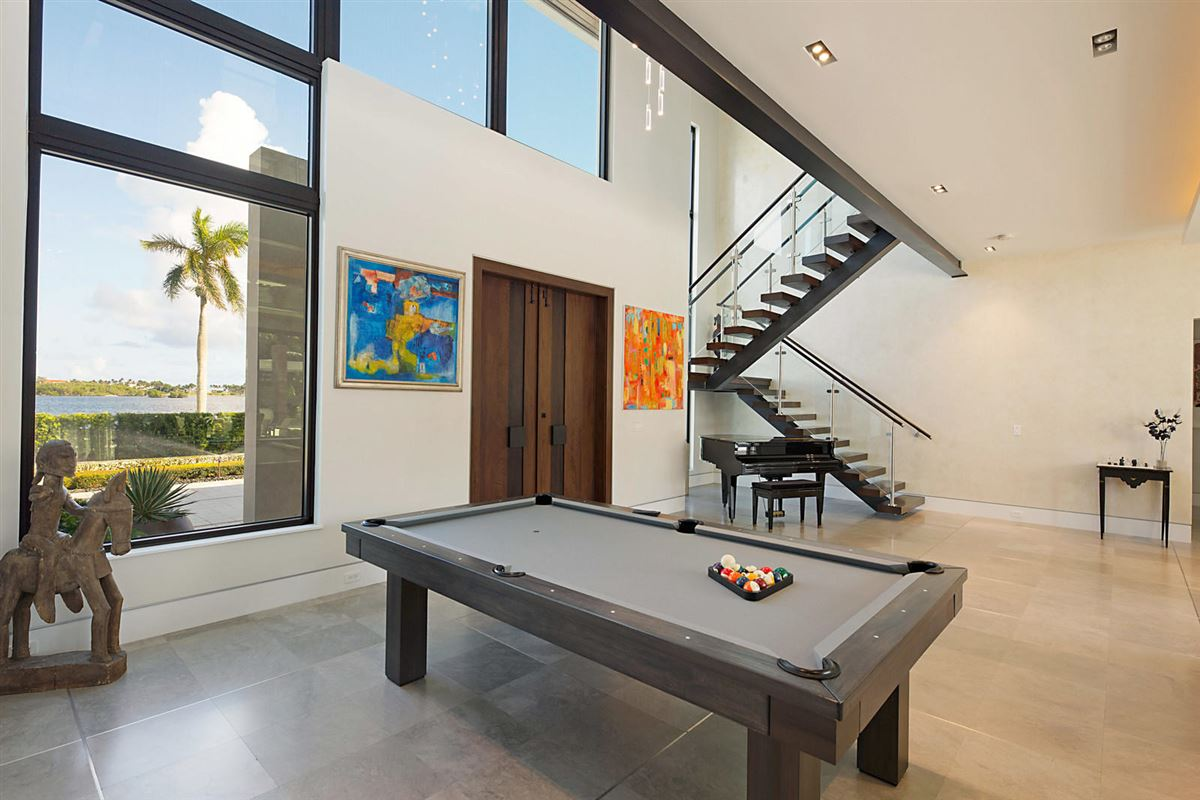 prestigious custom built home mansions