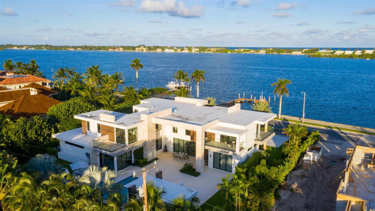 Luxury real estate prestigious custom built home