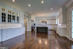 Extraordinary classic colonial style new home luxury properties