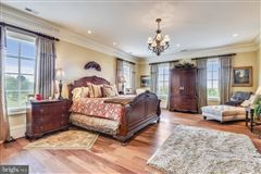 Luxury homes Welcome to Melrose Estate