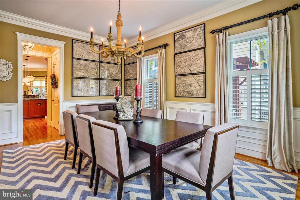 Luxury properties spectacular craftsman style