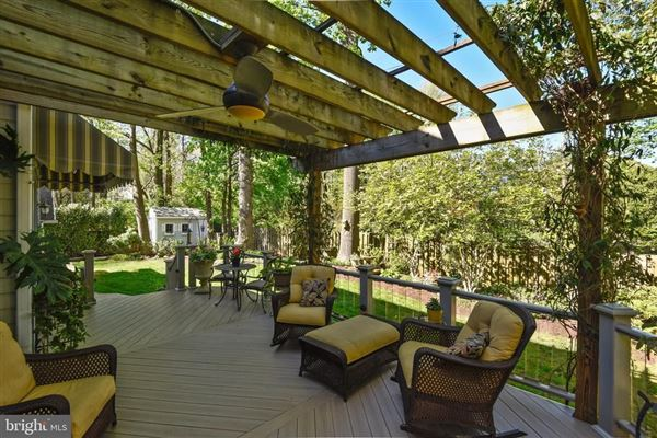 Beautiful Craftsman home on a quiet cul-de-sac luxury real estate
