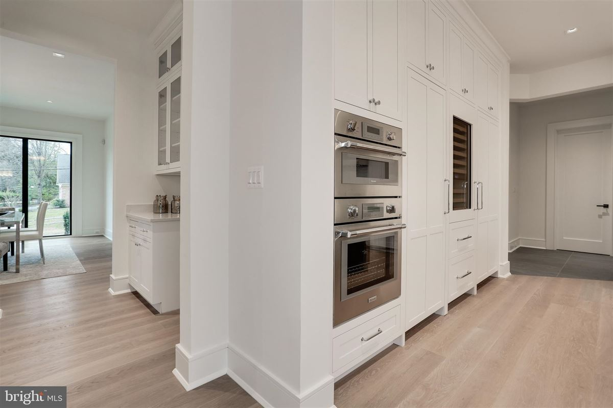 Custom new construction opportunity in sought after Salona Village mansions