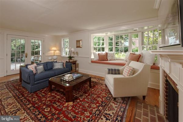absolutely charming Home  in Old Town luxury homes