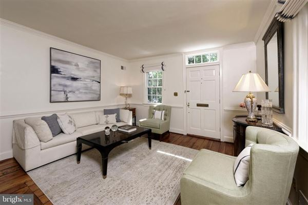 absolutely charming Home  in Old Town luxury properties