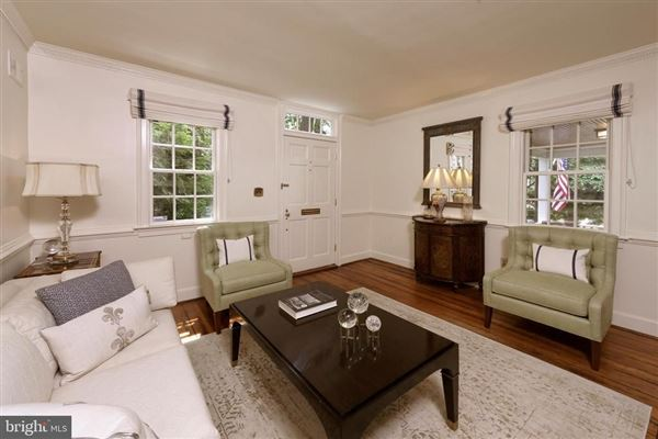 absolutely charming Home  in Old Town mansions