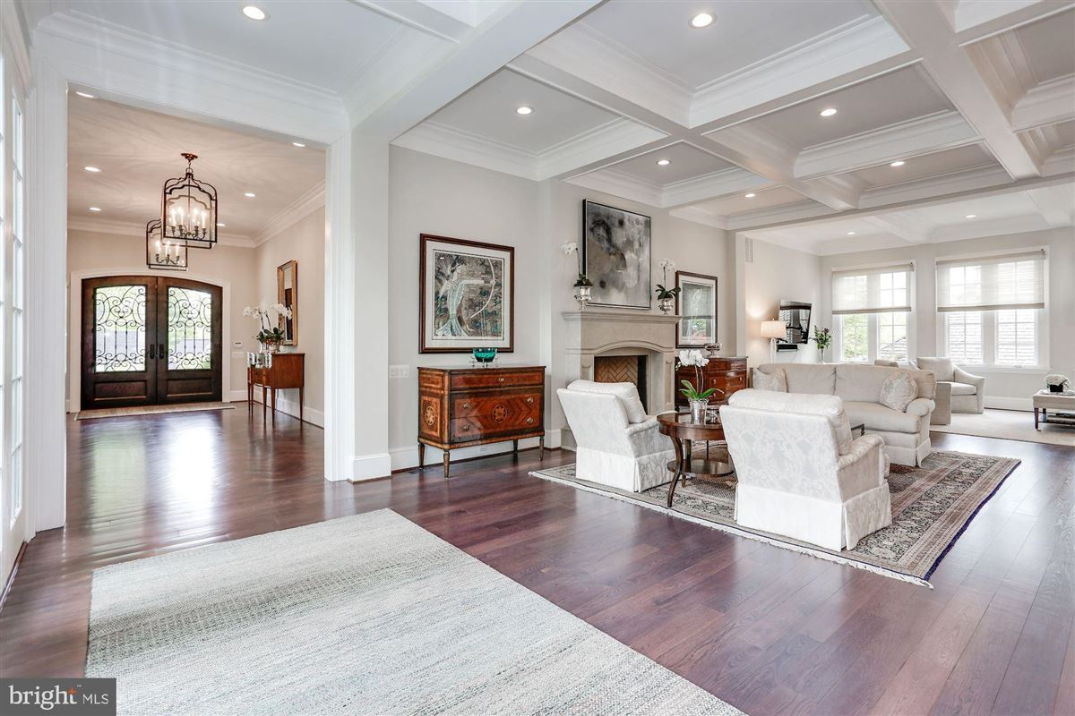 Exquisite French Country Stucco Home in north arlington mansions