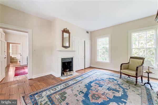 historic Lafayette House luxury properties