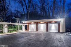 Mansions custom contemporary home on a private wooded lot