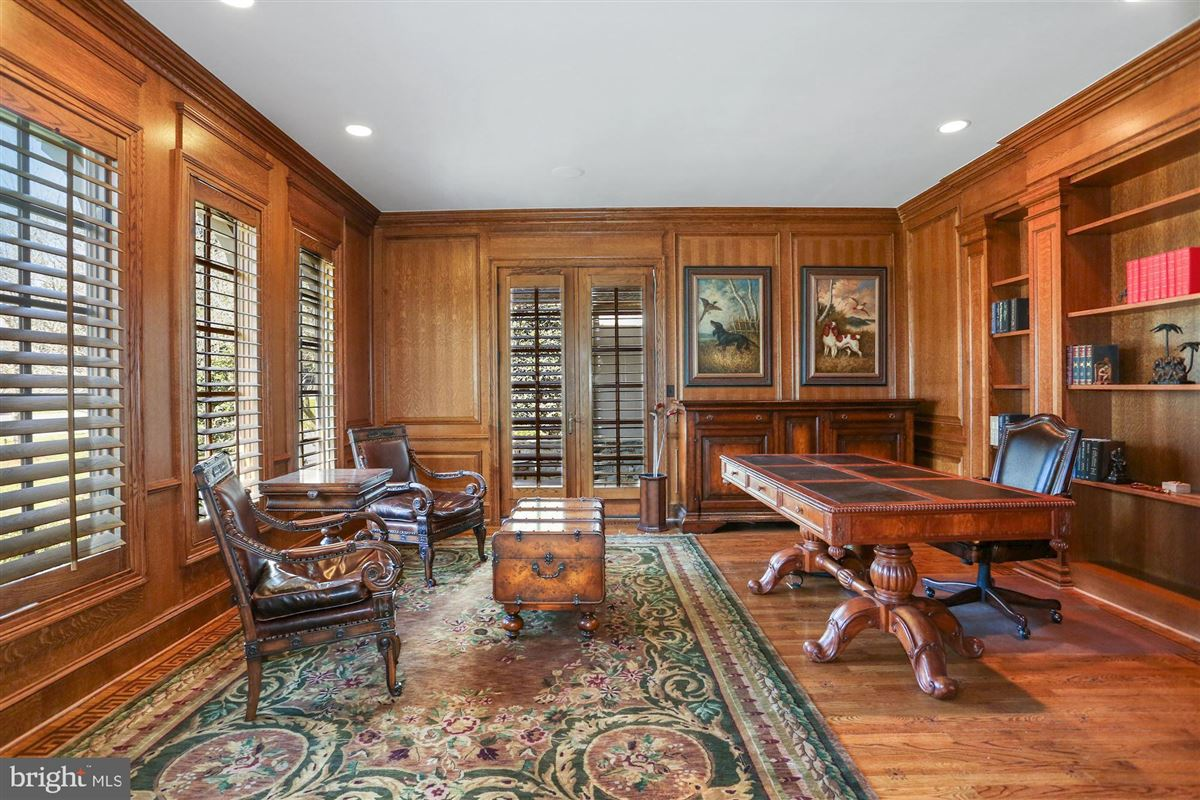 Award-winning property in sought after Woodlea Mill luxury homes