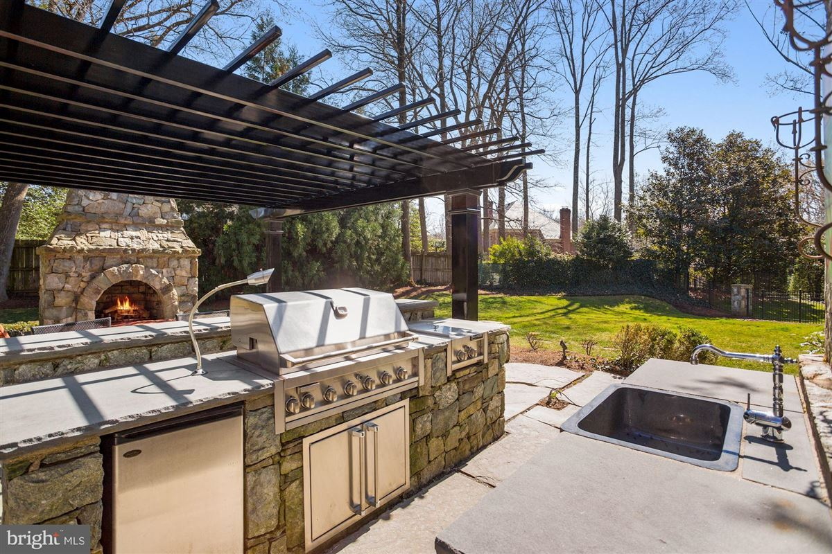 Award-winning property in sought after Woodlea Mill luxury real estate