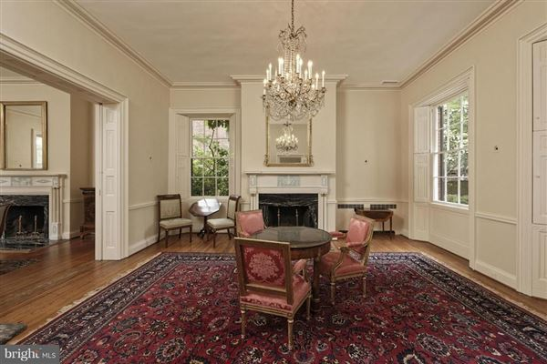 Luxury properties historic Lafayette House in alexandria