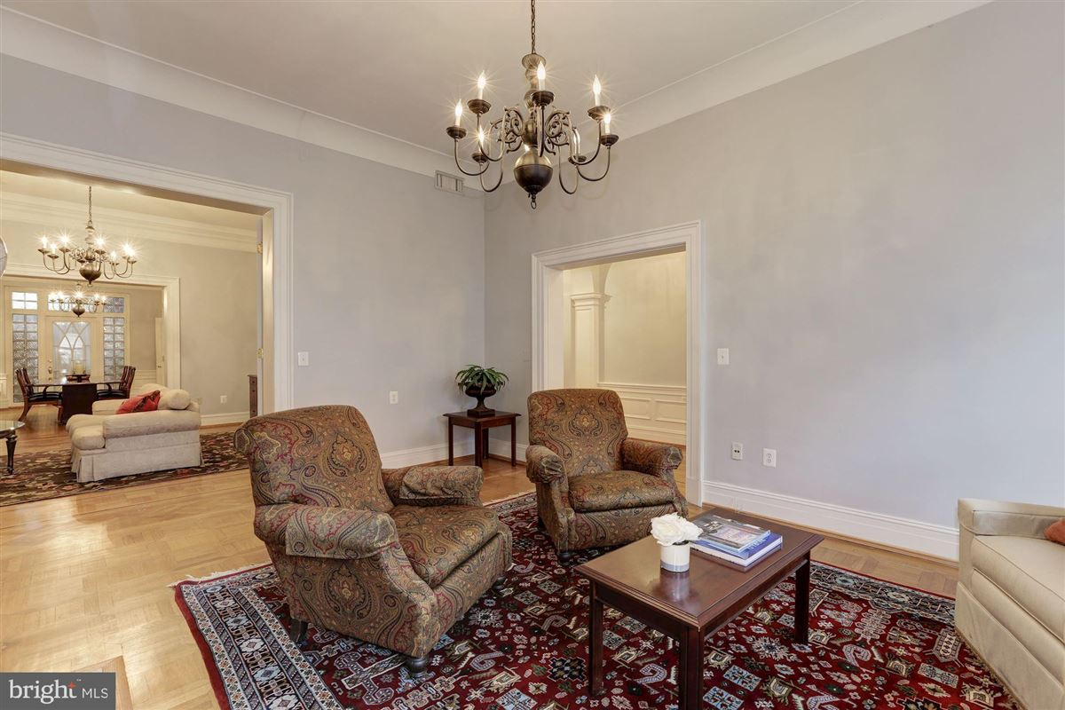 Luxury properties thoughtfully renovated 1906 Kalorama home