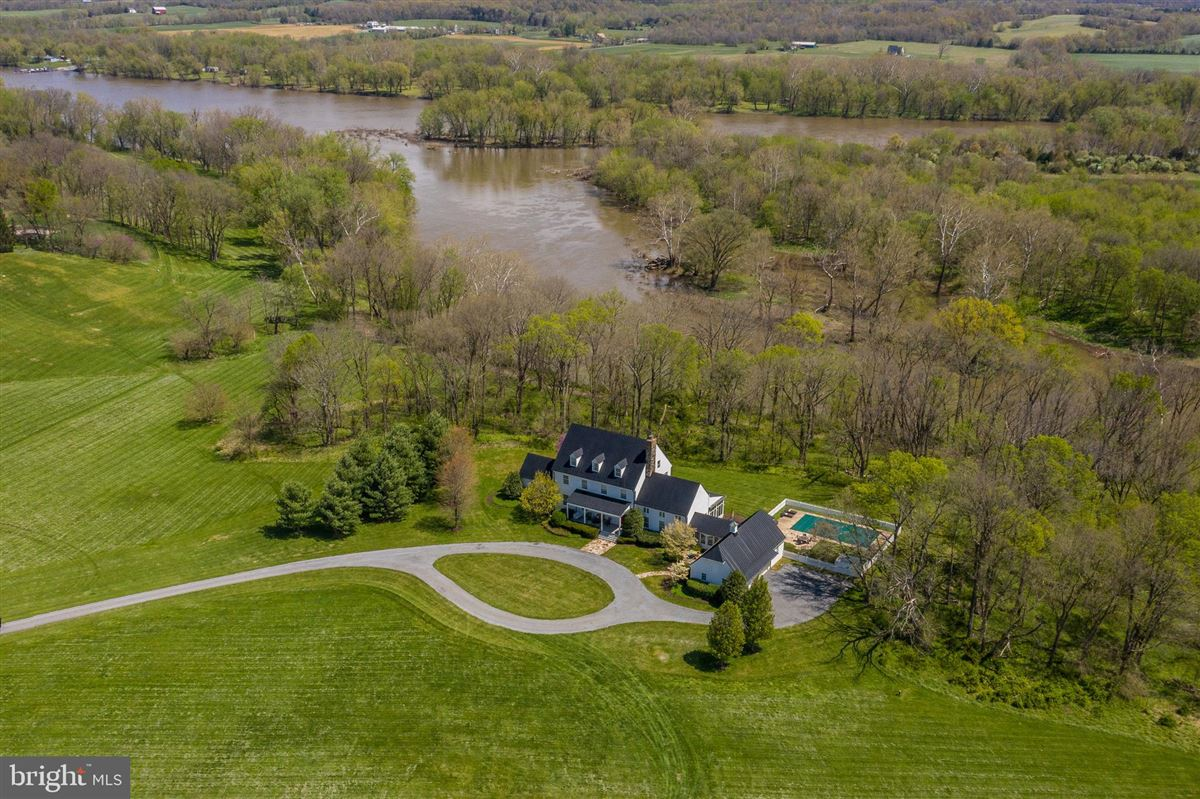 Luxury real estate stunning 36-acre haven on the potomac river