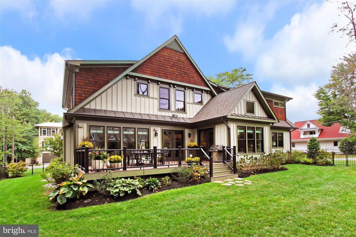 Architect designed Craftsman home luxury real estate