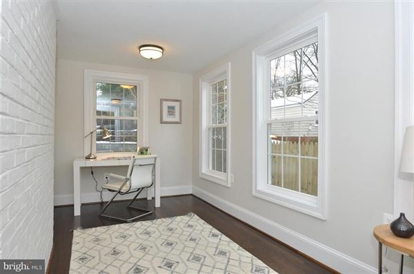 Mansions spacious completely renovated home