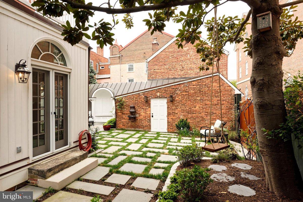 distinctive circa 1835 home mansions