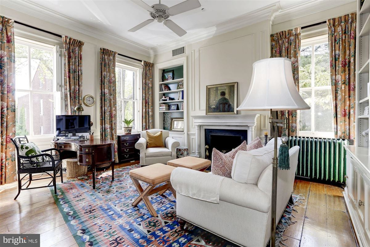 Luxury real estate special residence in ALEXANDRIA