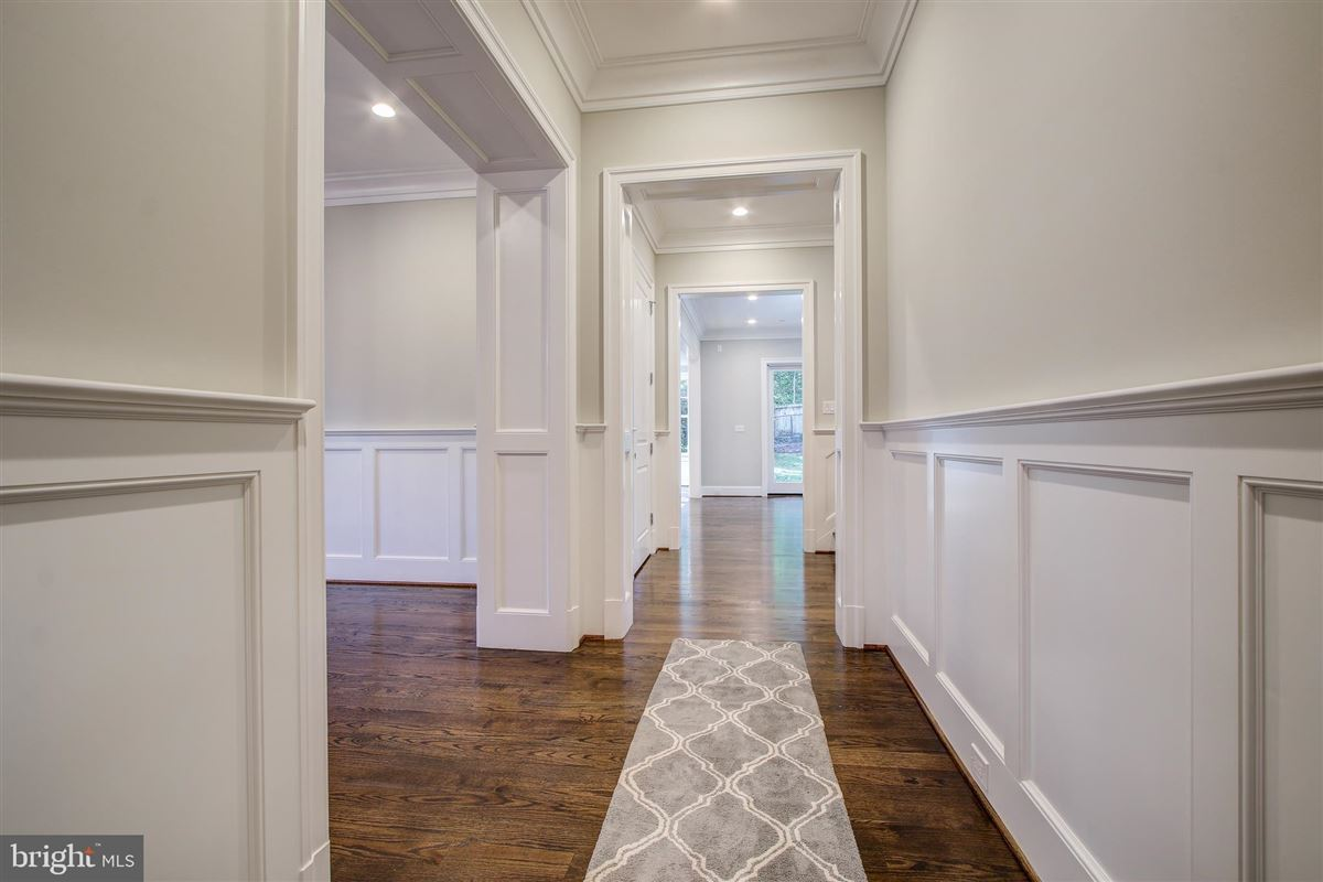 Luxury homes beautiful new colonial