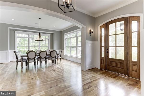 Luxury real estate large-scale entertaining plus livability