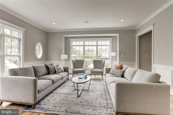 Luxury properties large-scale entertaining plus livability
