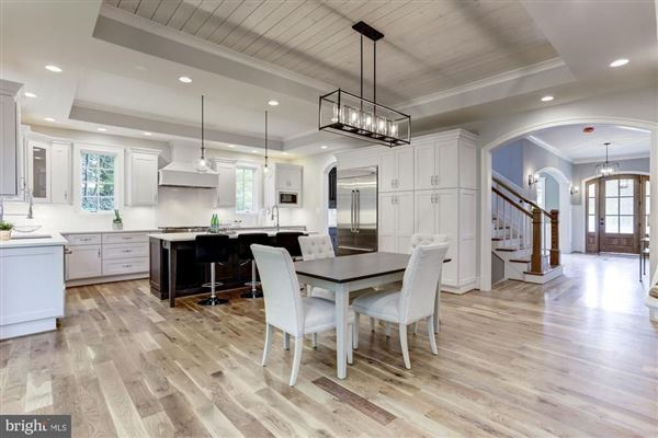 Luxury homes large-scale entertaining plus livability