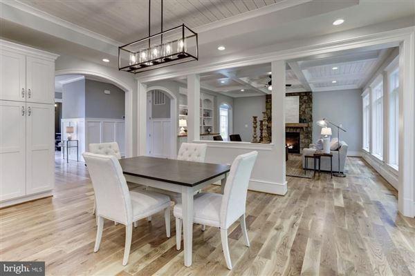 large-scale entertaining plus livability luxury real estate