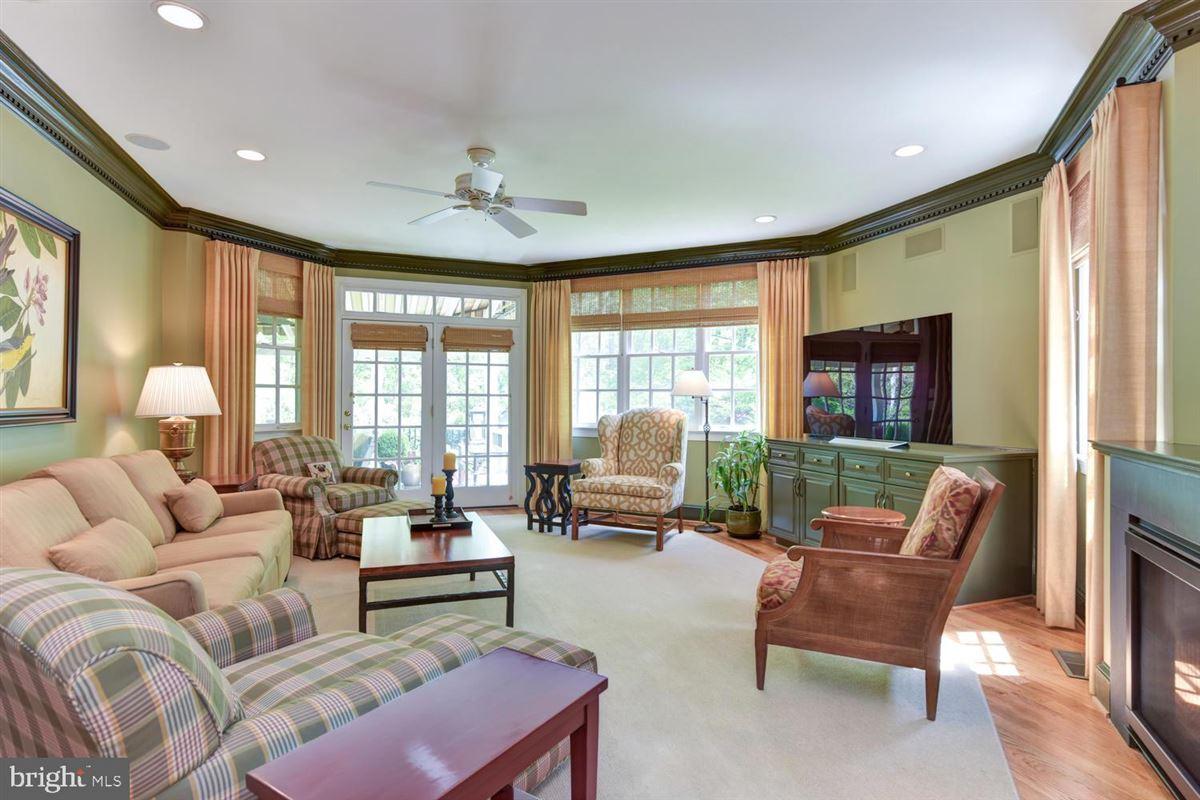 Luxury homes beautiful custom in-town estate