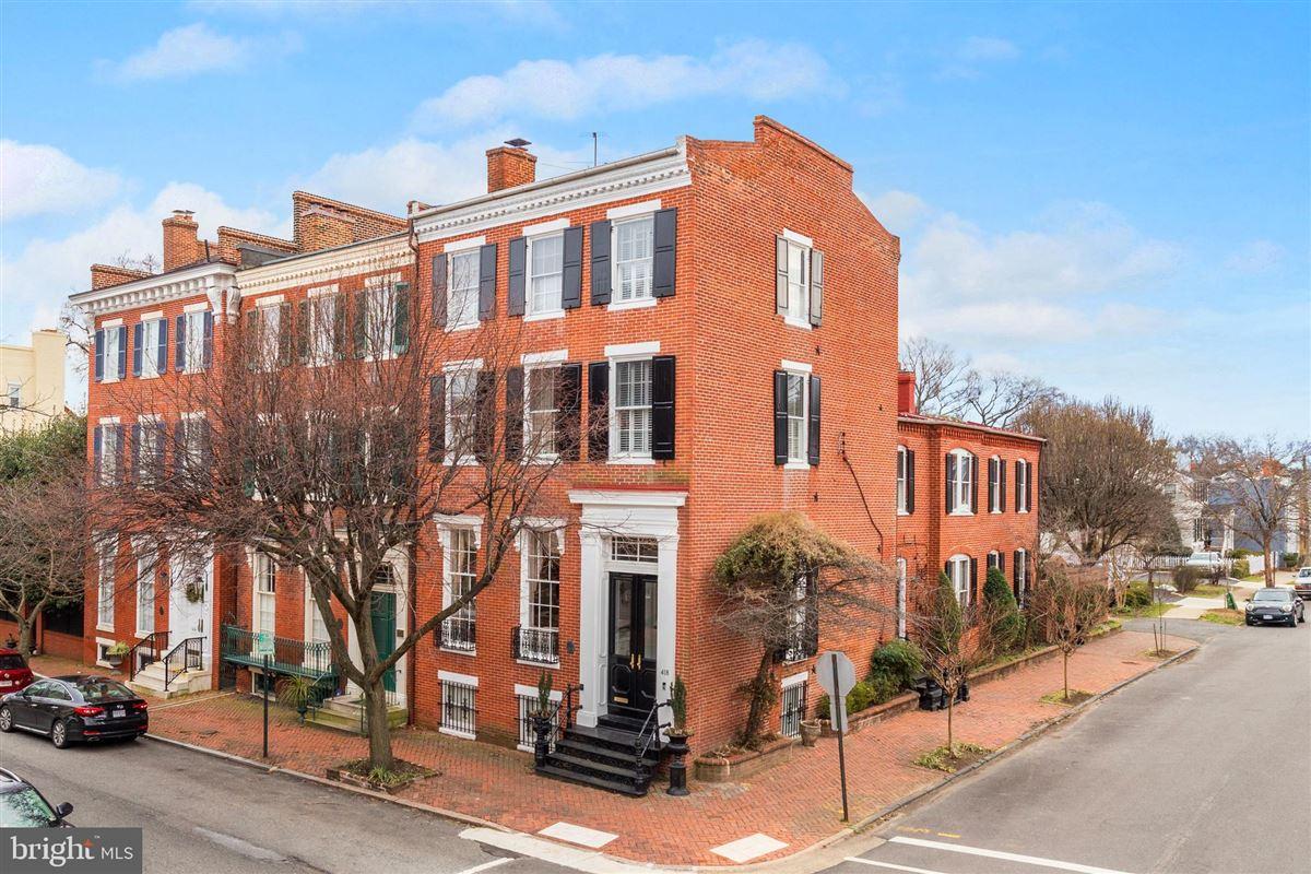 Luxury homes iconic celebrated townhouse