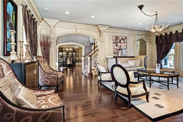stylish and sophisticated estate luxury real estate