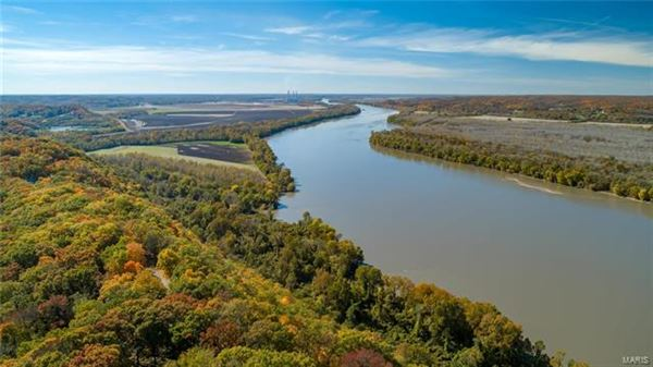 Luxury properties Phenomenal breathtaking river views