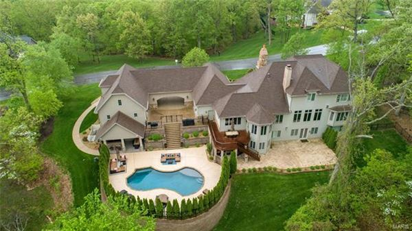 Welcome to this stunning estate home mansions