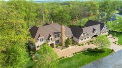 Luxury homes Welcome to this stunning estate home