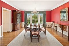 Exceptionally handsome home in ideal location luxury homes