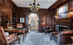 Luxury real estate dignified Brentmoor Park property