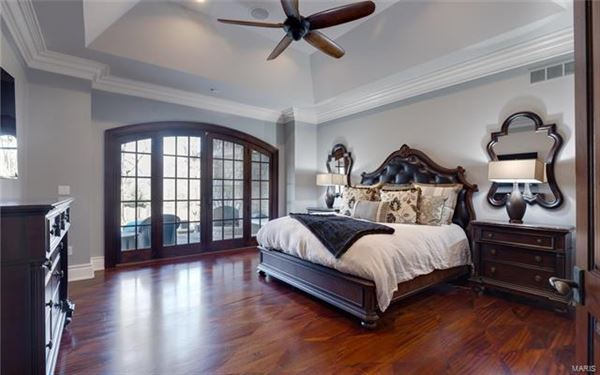 Extraordinary updated residence luxury homes