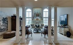 A majestic residence mansions