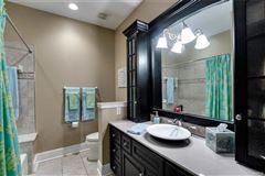 Luxury properties A majestic residence