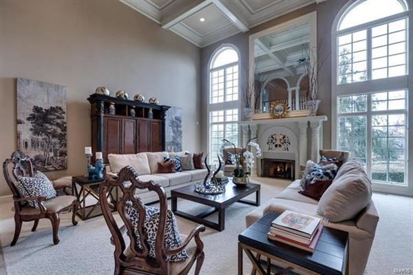 Luxury real estate majestic residence on a pastoral acre-plus