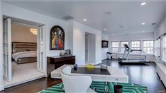 Mansions in elegant estate that underwent massive renovation