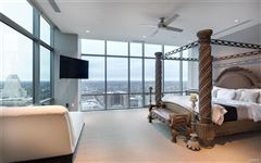 Mansions The most impressive Penthouse Condo in Missouri
