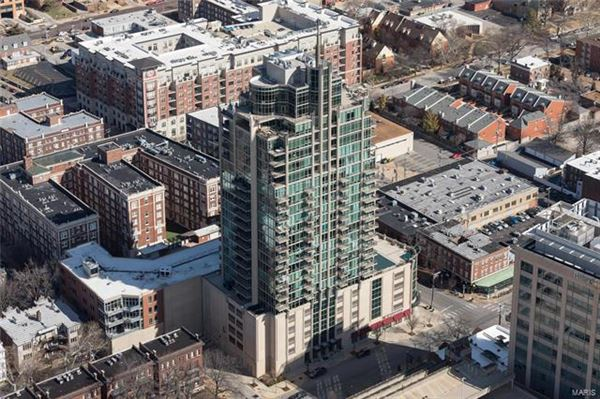 Mansions in The most impressive Penthouse Condo in Missouri