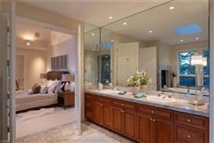 Privacy and elegance mansions