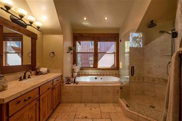 Beautiful mountain home  luxury homes