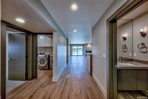 Luxury homes Mountain Contemporary design