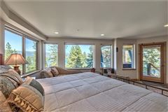 Mansions in Great Lake View home in crystal bay