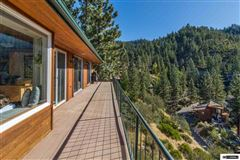 Enjoy the Masterful Views of This Cave Rock Home mansions