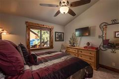 Luxury properties Beautiful mountain home